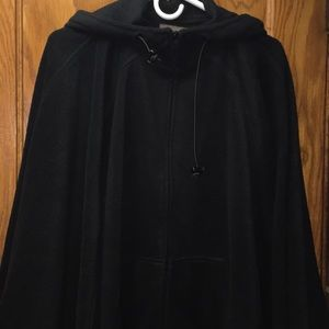 Brandon Thomas Women's Black Pancho Jacket